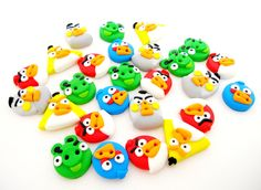 Handmade Angry Birds buttons http://www.breslo.ro/Product/Nasturi---Angry-Birds_1262177
