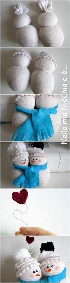 Duo de bonhommes de neige.