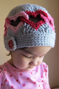CROCHET PATTERN  Be Mine  a linked heart hat in 8 by TheHatandI, $5.50