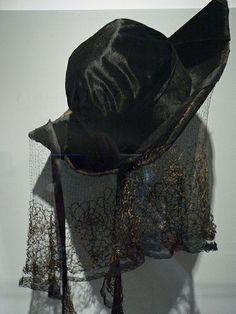 Black tricorne velour hat edged in gold bouillon silk 1915 c3481042be