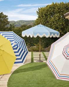 Stripes, tassels and patterns – oh my! How will you ever choose an umbrella? Click this pin to check out Frontgate's vast umbrella selection.
