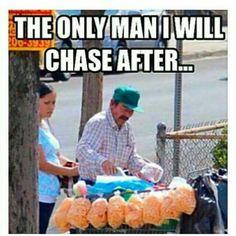 Lol like Mexicans ice cream man lol 😂😂 Spanish Jokes, Funny Spanish Memes, Funny Relatable Memes, Funny Texts, Funny Jokes, Hilarious, It's Funny, Mexican Funny Memes, Mexican Jokes