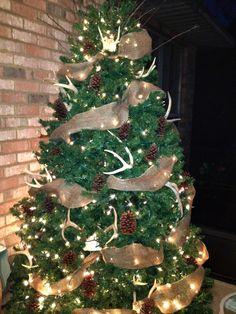Rustic porch tree | Christmas Ideas