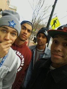 cute black boys off Tumblr : cutiiiiies !  I would love to see them somwhere ;)
