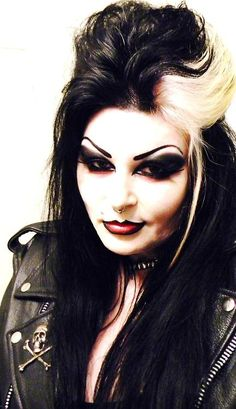 batavia-bellamorte:  I was channeling Dave Vanian and Patricia Morrison today…..how'd I do?