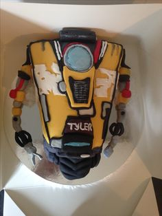 Borderlands claptrap robot cake