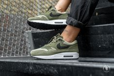 852f310368c340 Nike Women s Air Max 1 Olive Canvas Black-Neutral Olive - 319986-304