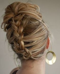 Cute and Easy Hairstyles For Medium Hair looks