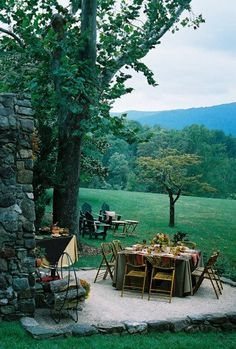 Lovely, intimate fall outdoor party - so cozy and inviting #wedding #outdoorwedding #fall #autumn #fallwedding
