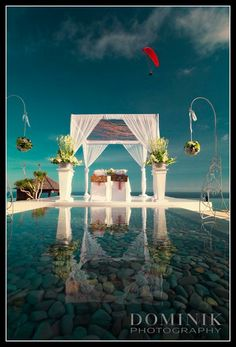new awesome cliff top venue in South Bali...