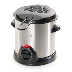 Presto 05470 Stainless Steel Electric Deep Fryer, Silver - Great product and price.When you find a recommended product for small deep fryer revie Best Deep Fryer, Electric Deep Fryer, Crispy French Fries, Specialty Appliances, Small Kitchen Appliances, Kitchen Gadgets, Kitchen Ware, Kitchen Small, Kitchen Items