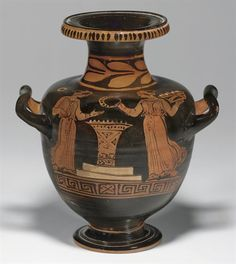 AN APULIAN RED-FIGURED HYDRIA ATTRIBUTED TO THE PAINTER OF BOLOGNA 498, CIRCA 380 B.C.