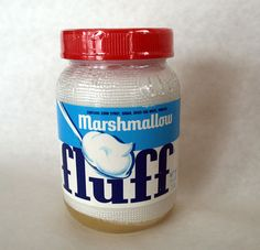 yes!!!  Food of my childhood!!  Fluffahnuttah's, all the way!!!!!