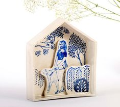Sonia Pulido - ArtisticMoods.com Ceramics Projects, Art Projects, Paper Dolls, Art Dolls, Weird Drawings, Assemblage Art, Ceramic Artists, Box Art, Clay Crafts
