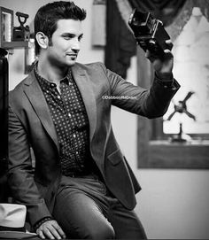4k Wallpaper For Mobile, Vijay Actor, Love Me Forever, Sushant Singh, Bollywood Actors, Handsome, Nice Quotes, Mens Fashion, Pure Products