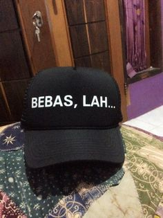 Bebas, Lah..  shoutcap on twitter