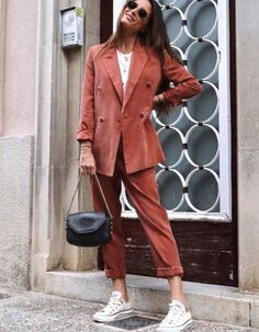 43 Spring Outfits That Make You Look Cool - Daily Fashion Outfits Mode Outfits, Fashion Outfits, Womens Fashion, Fashion Fashion, Blazer Fashion, Dress Outfits, Preppy Dresses, Blazer Outfits, Moda Fashion