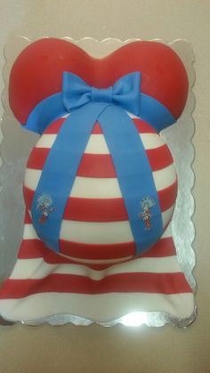 Cat in the hat baby belly cake