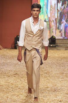 Modelo David - #novio #looknovio #novios #bridalman #weddingman #trajesdenovio #manvintage