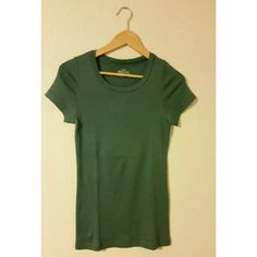 Crewneck tshirt in green NWOT J. Crew Tops Tees - Short Sleeve