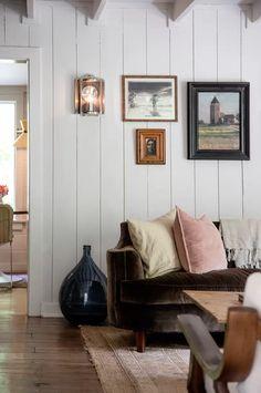 Basic Projects North Carolina cottage | House & Garden Style Cottage, Cottage Design, House Design, Cottage House, Modern Cottage Decor, Cottage Gardens, Living Room Decor, Living Spaces, Living Room Ideas