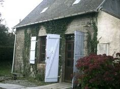 Cute Property in Normandy - great looker. Much Less than 50,000 euros!  http://www.1st-for-french-property.co.uk/property/Lower%20Normandy/Manche/St%20Hilaire%20Du%20Harcouet/52460/