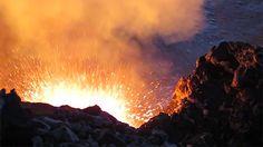 Spattering magma seen in Kīlauea in Hawaii