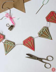 Altijd al een diamond slinger willen maken?! Kijk dan op mijn blog voor de uitleg!!