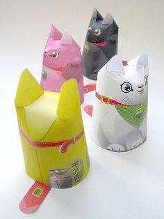 Pas de Paper Toys sans famille de chats !