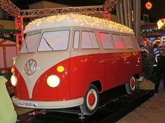 Weihnachtsmarkt in Wolfsburg - Outletcenter und Bullis locken zum Shoppen...