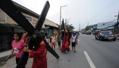 Carrying of the Cross, portrayal of a believer in the Philippines