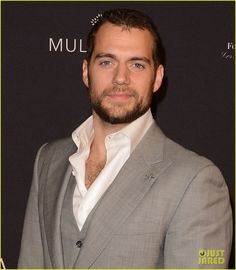 11 JAN 2015 : Henry Cavill is walking the red carpet at the 2015 BAFTA Los Angeles Tea Party held at the Four Seasons Hotel on Sat (Jan 10) in LA.
