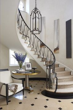 Modern Staircase Design Ideas - Modern stairs come in lots of styles and designs that can be actual eye-catcher in the different location. We've put together best 10 modern models of stairways that ca Railing Design, Staircase Design, Georgian Style Homes, Interior Design Boards, Modern Stairs, Contemporary Decor, Stairways, Software, House Design