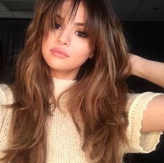 Imagem de selena gomez, hair, and revival