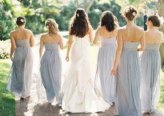 ブルーグレイのドレスが可愛い♡参考にしたいブライズメイドのファッション♡