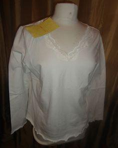 Womens New Denim & Co. Lace Trim Long Sleeve Top Ecru size Medium Find me at www.dandeepop.com