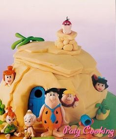 *SUGAR ART ~ Cartoon Cakes - Debbie Brown - 013 by Paty Cooking, via Flickr
