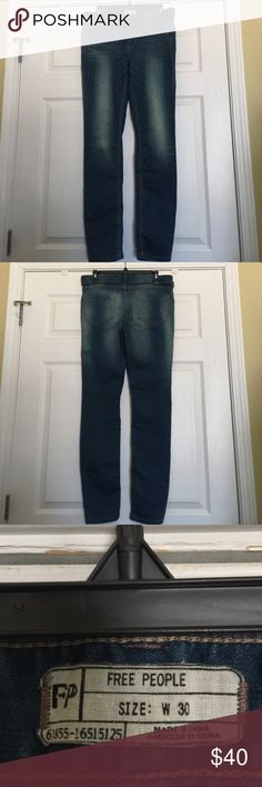 Free People skinny leg jeans Blue skinny leg jeans by Free People. Stretchy material. Inseam 30. Like new. Great fit Free People Jeans Skinny