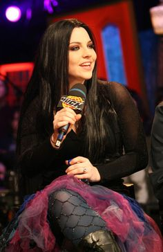 Amy Lee. Love her style.