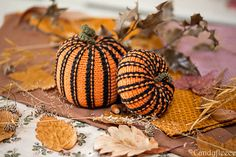 Halloween Decor Pumpkins-Knitted Pumpkins Ornament-Black-Orange-Fall Home Decoration-Autumn Pumpkins Decor-Candy Cane Stripes-Candyfleece-UK