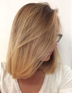Golden blonde balayage highlights, short hair
