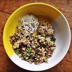 Brown rice, zucchini and cauliflower salald - Lia Burton Nutrition