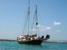 1856 Palma de Mallorca Goleta clasica, Spain - boats.com Cheap Boats, Alicante Spain, Fresh Water Tank, Boats For Sale, Sailboats, Yachts, Sailing Ships, Palms, Majorca