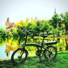 Instagram picutre by @klarabeautylife: #Benelli #ebike #foldbike #budapest - Shop E-Bikes at ElectricBikeCity.com (Use coupon PINTEREST for 10% off!)