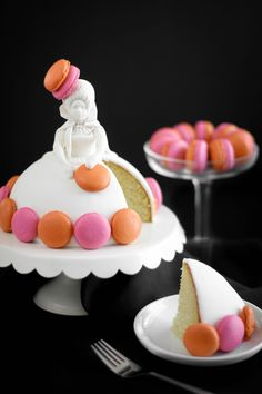 Creative Stanze Cake with Colorful Macarons Buffet Dessert, Dessert Blog, Pretty Cakes, Beautiful Cakes, Amazing Cakes, Food Cakes, Cake Pops, Cupcakes, Cupcake Cakes