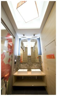 LUZAK Dental Clinic by Joseph Tucny, via Behance Modern Baths, Portfolio Design, Bathroom Lighting, Clinic, Joseph, Dental, Designers, Behance, Mirror
