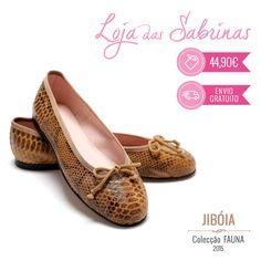 Discretas no tom neutro e arrojadas no padrão, as Sabrinas Jibóia voltaram para fazer as delicias de quem já tinha saudades delas.  Encontra-as aqui: http://www.lojadassabrinas.com/product/jiboia