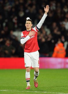 Koscielny Salutes Fans After Victory in FA Cup vs Spurs 2013-2014.