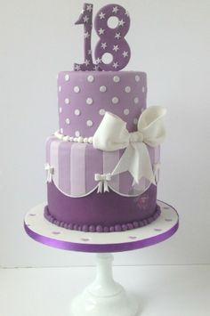 purple 18th birthday cake                                                                                                                                                                                 Mehr