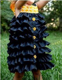 Tutorial: Ruffled Clover Dress for little girls · Sewing | CraftGossip.com